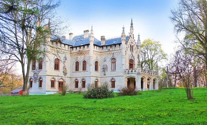 Castelul Sturdza din Miclauseni